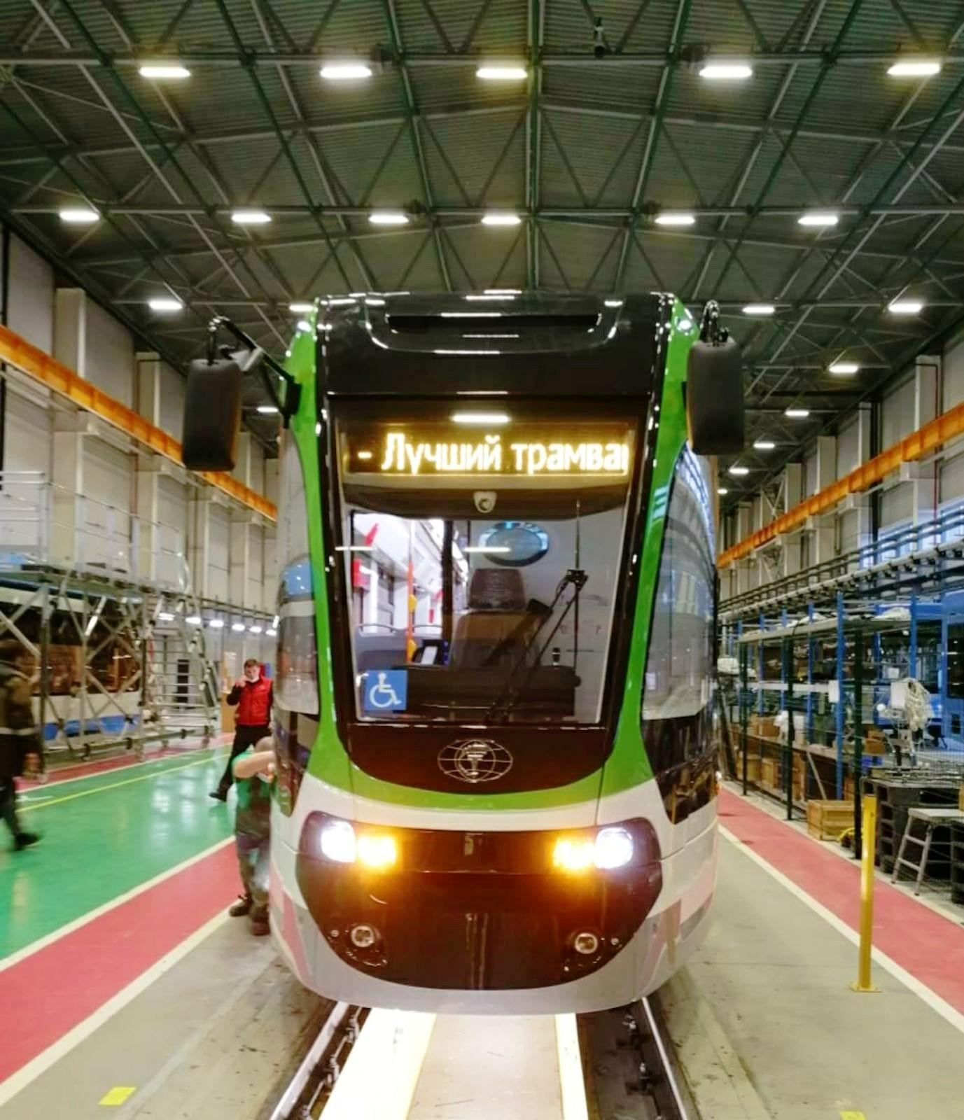 Завершена сборка новой модели узкоколейного трамвая